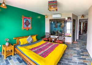 Mega-view-homestay-queen-room